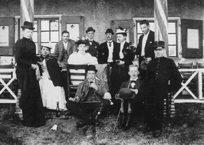 Eyckenstein_Fam_Van_Boetzelaer_familiekiekje_omstreeks_1885
