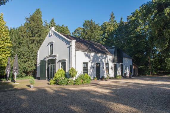 20150927-Eyckenstein-zondagmorgen-klein2-571x381